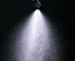 微量ノズル4型の噴霧状態